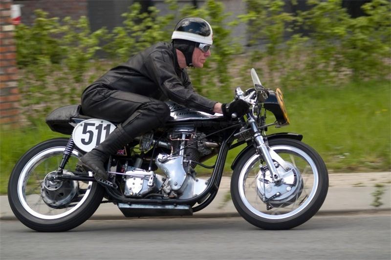 Piet Mager, 500cc Velocette