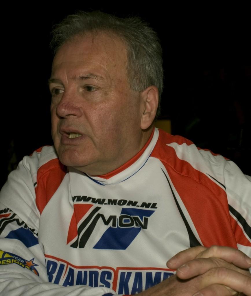 Henk van Arkel in betere tijden, tijdens de Kampioenshuldiging 2009